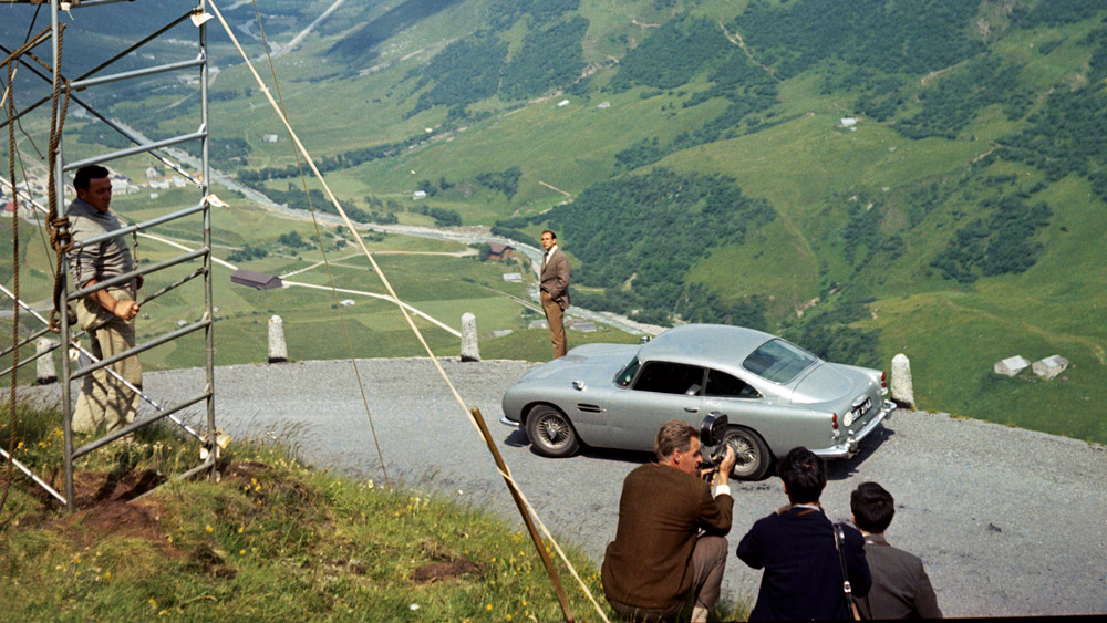 Aston Martin Announces Goldfinger Db5 Based On James Bond Film Robb Report