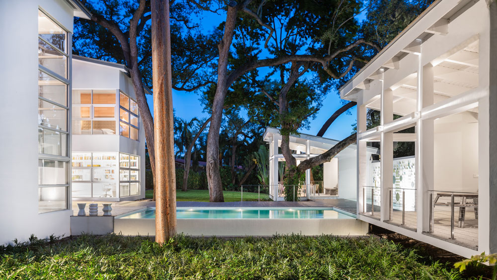 Treehouse-Like Home in Miami, Florida