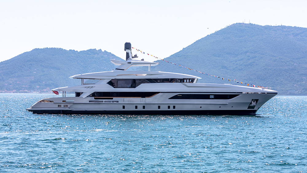 Baglietto 48m T-Line Cannes yachting festival