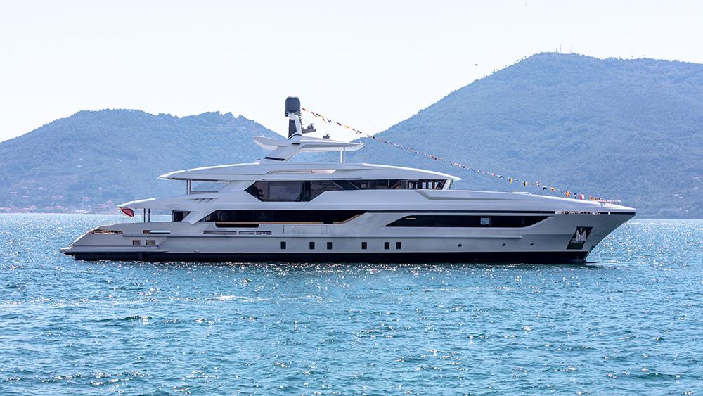 Baglietto 48m T-Line Cannes yachting festival