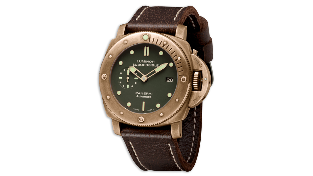 Panerai PAM 382 Luminor Submersible worn in the Expendables 2