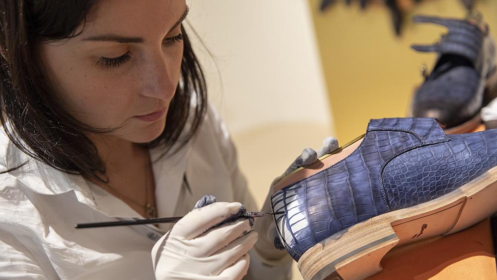 HomoFaber Santorini shoe maker