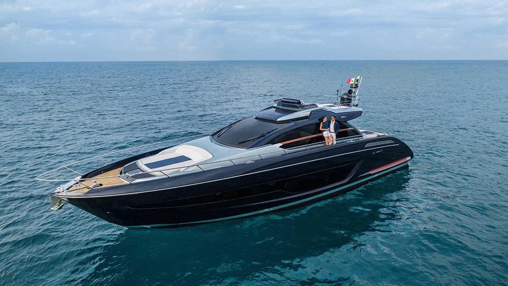 Riva Ribelle 66 yacht