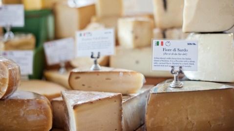 C'est Cheese shop