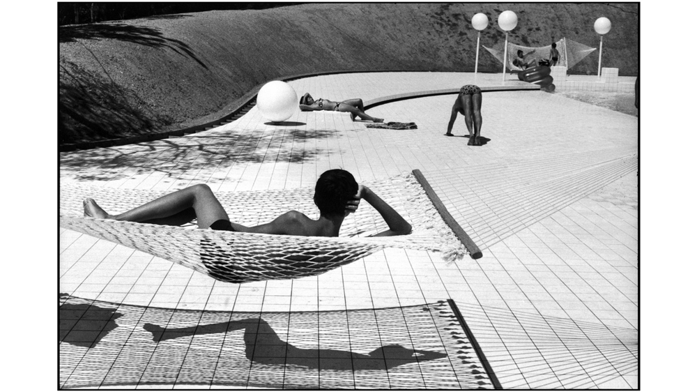 Town of Le Brusc. 1976. Pool designed by Alain CAPEILLERES.