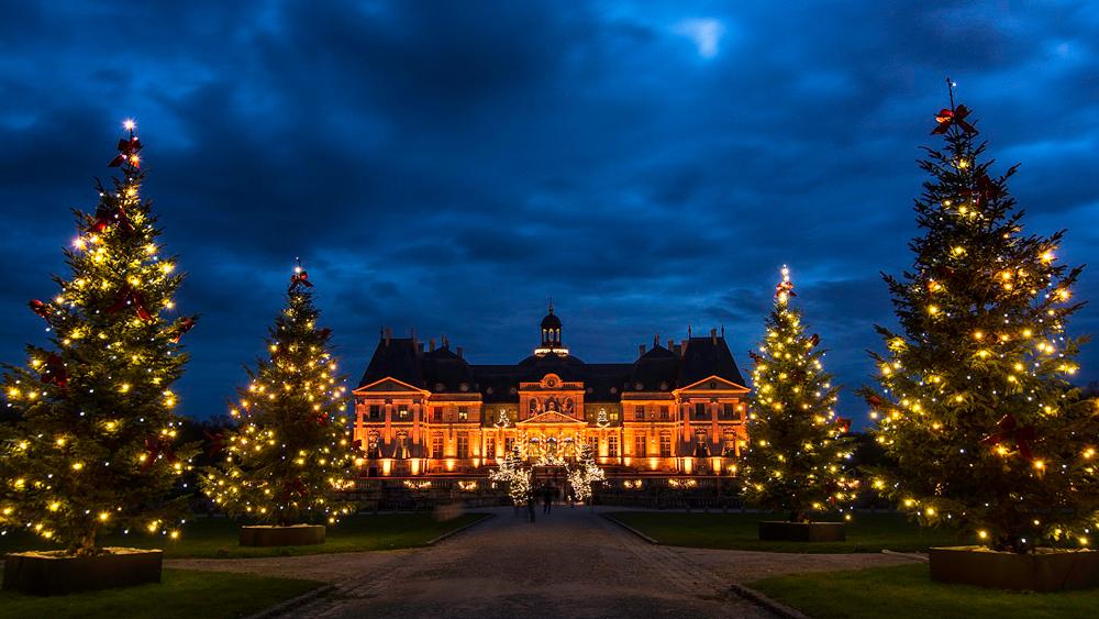 La Réserve Paris Hotel and Spa's Christmas Package