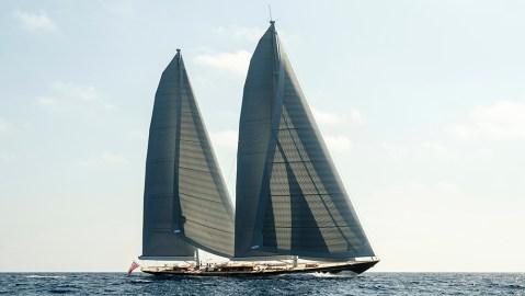 Royal Huisman Aquarius sailing superyacht