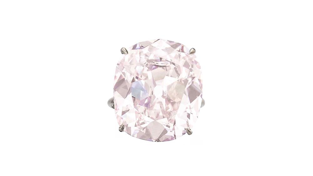 Fancy light pink diamond ring