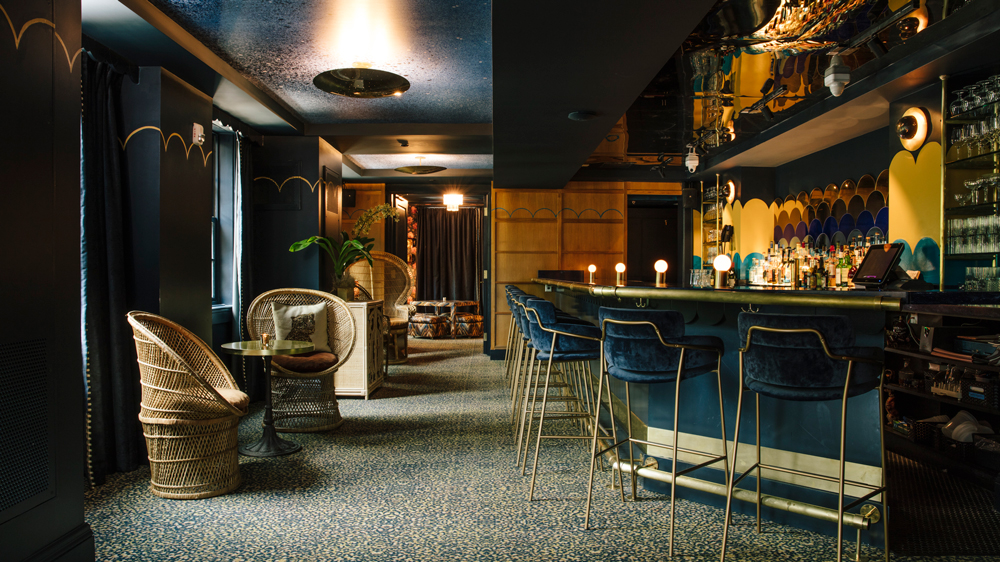 Hotel Clermont bar