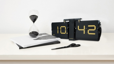 modern desk accessories