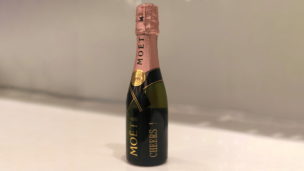 mini personalized bottle of Moët