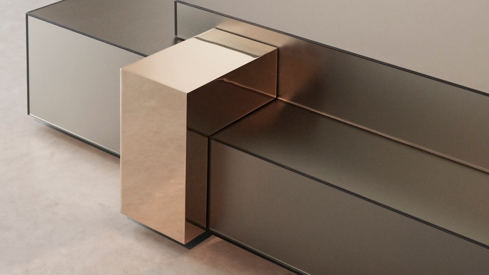 bronze mirrored table detail