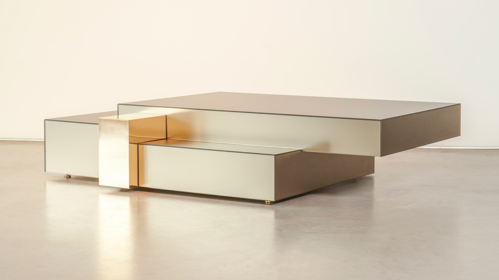 gold mirrored table