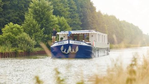 Belmond's Pivoine river barge.