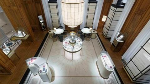 Boucheron Jewerly Shop Paris