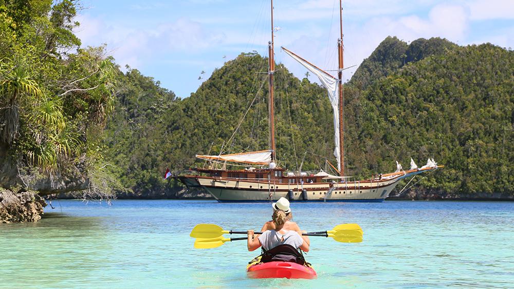 Camper & Nicholsons charter yacht Lamima southeast asia