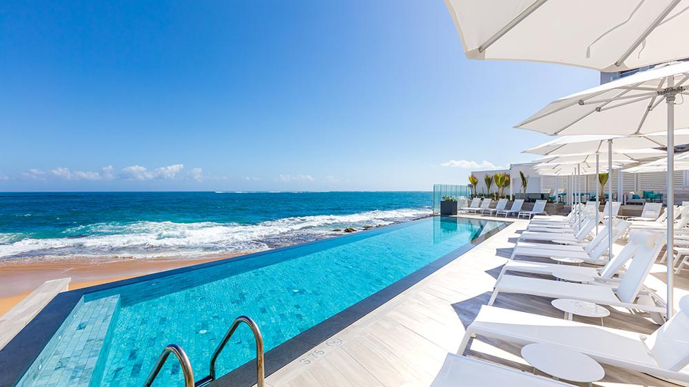beach hotel Puerto Rico pool