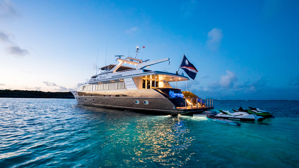Crescent Unbridled charter yacht