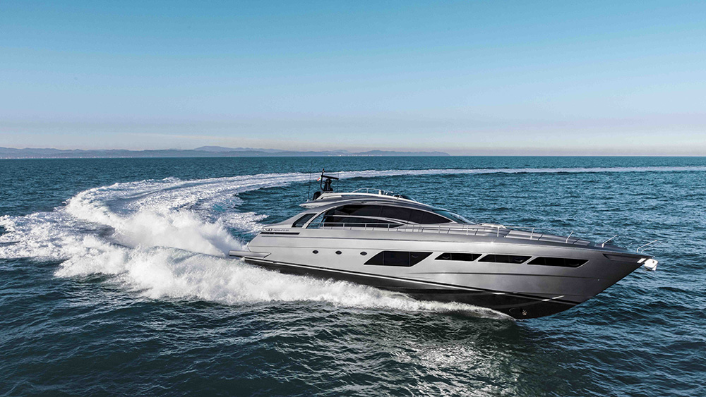 Pershing 8X yacht