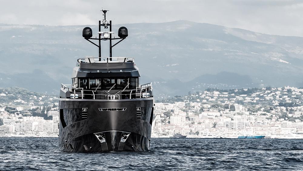Vripack Rock Explorer Yacht