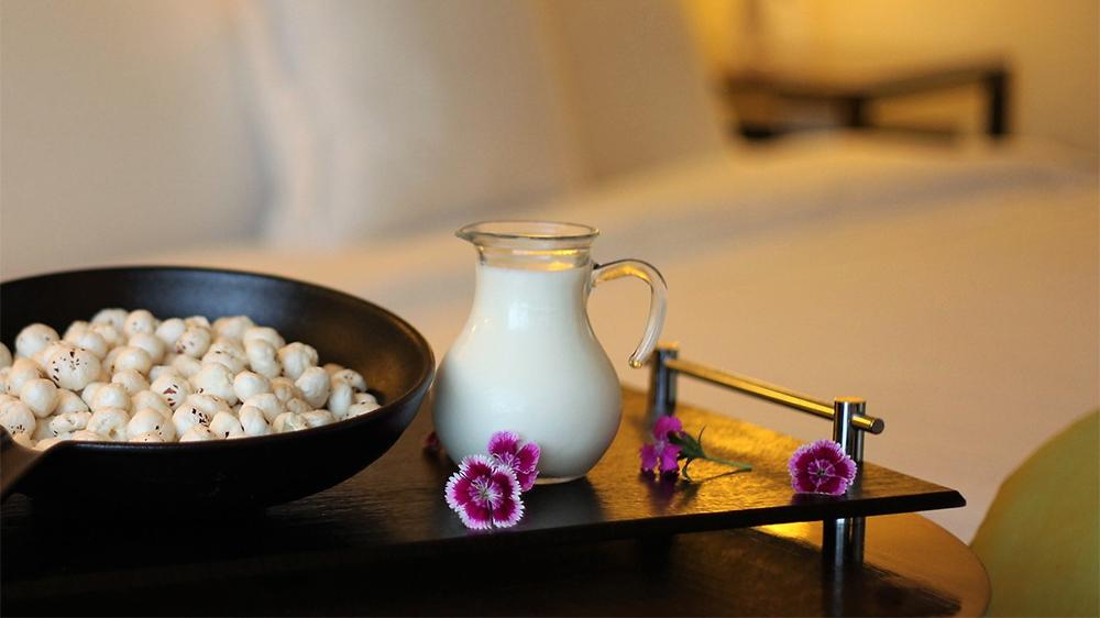 lotus seeds and milk sleep menu