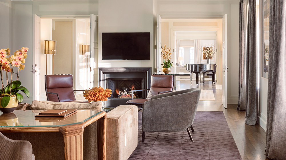 penthouse suite in New York City with grand piano