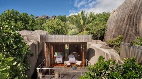 luxury resort tropical spa treatment room