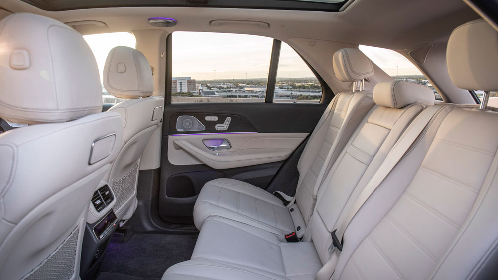 The interior of the 2020 Mercedes GLE 450 4MATIC.