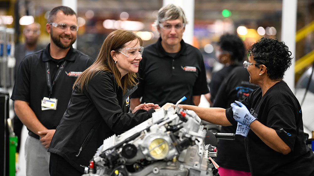 General Motors Chairman and CEO Mary Barra meets with plant employees and leadership before announcing the company is adding a second shift and more than 400 hourly jobs at its Bowling Green Assembly plant Thursday, April 25, 2019 in Bowling Green, Kentucky. The second shift and additional jobs will support production of the Next Generation Corvette, which will be revealed on July 18. (Photo by Miranda Pederson for General Motors)