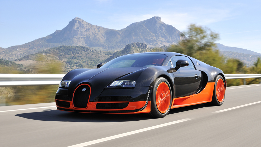 Bugatti's Veyron Super Sport spins through Spain.