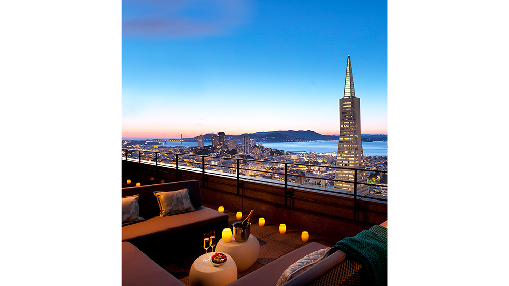 rooftop bar Spirits at the Sky Loews Regency San Francisco