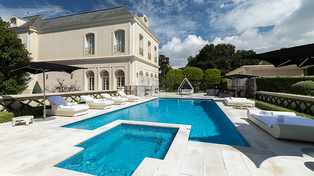 beverly hills mansion aaron spelling