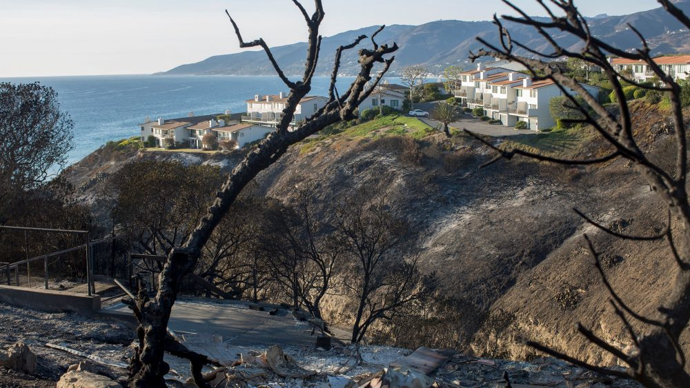 The ruins of a ocean view home are seen in the aftermath of the Woolsey Fire, in Malibu, California on November 14, 2018.