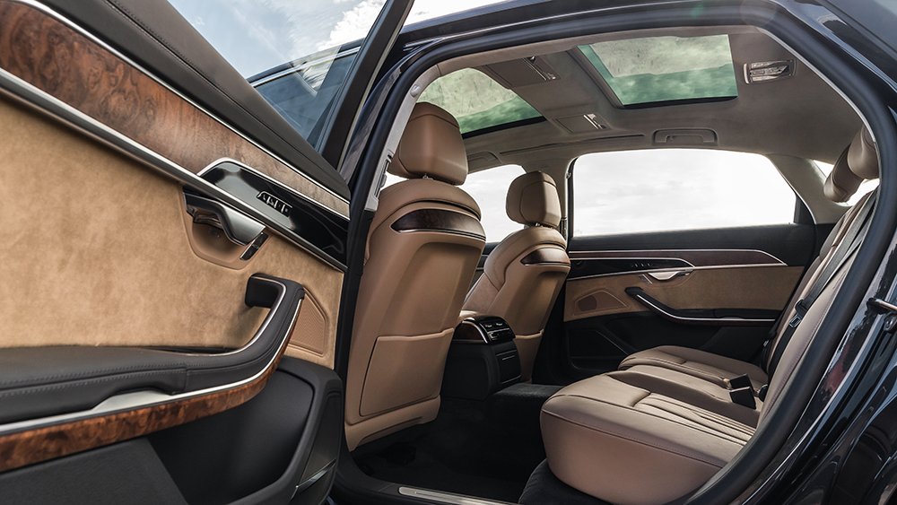 Robb Report's Best Sedan 2019, Audi A8