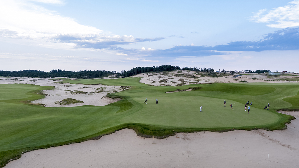 Robb Report's Best Golf Course 2019, Mammoth Dunes