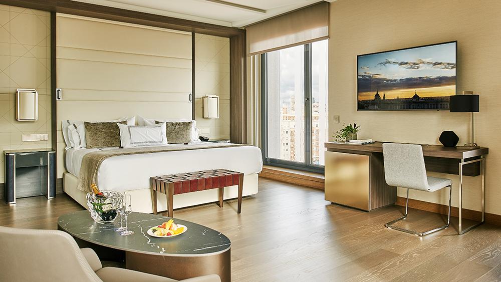 The Presidential Suite at Madrid's VP Plaza España Design 5*
