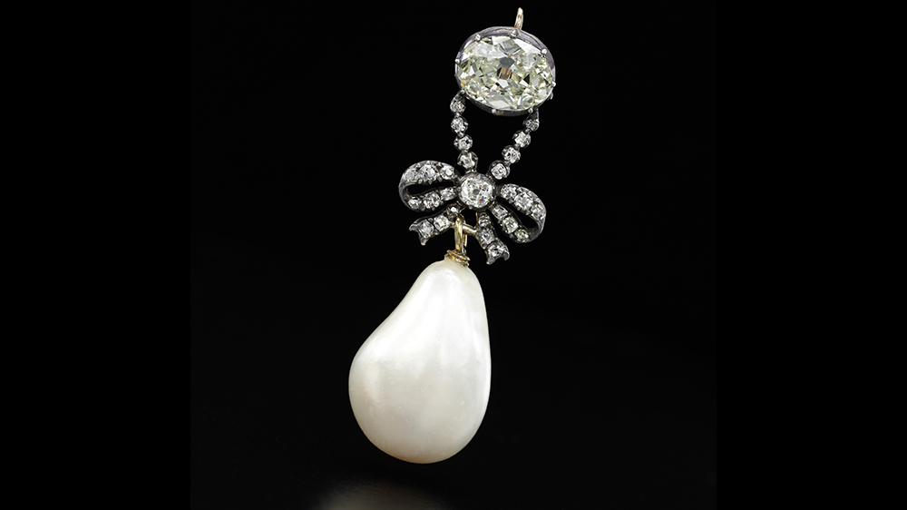 Queen-Marie-Antoinettes-Pearl-Royal-Jewels-from-the-Bourbon-Parma-Family-Sothebys-November-2018
