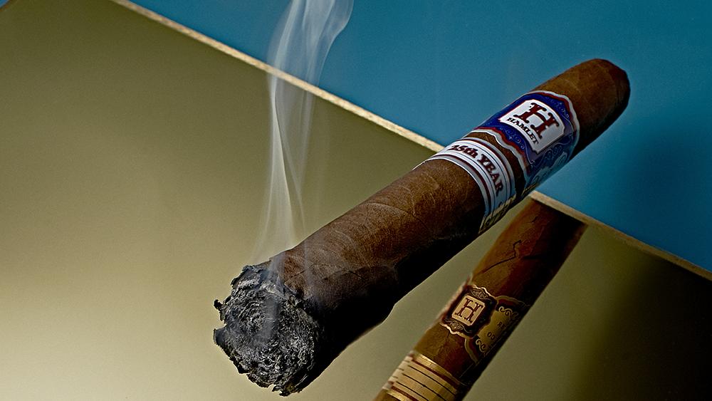 Robb Report's Best Big Cigar: Rocky Patel Hamlet 25th Year Salomon