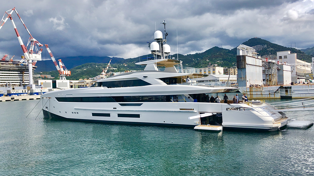 Tankoa S501 Hybrid superyacht