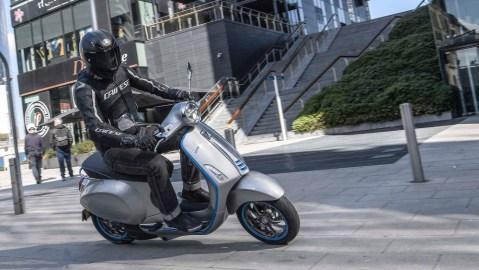 The Vespa Elettrica scooter.