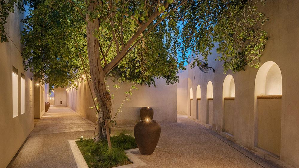 Al Bait Sharjah hotel alley