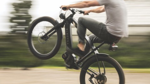 Electra Bicycle Company's Café Moto Go! e-bike