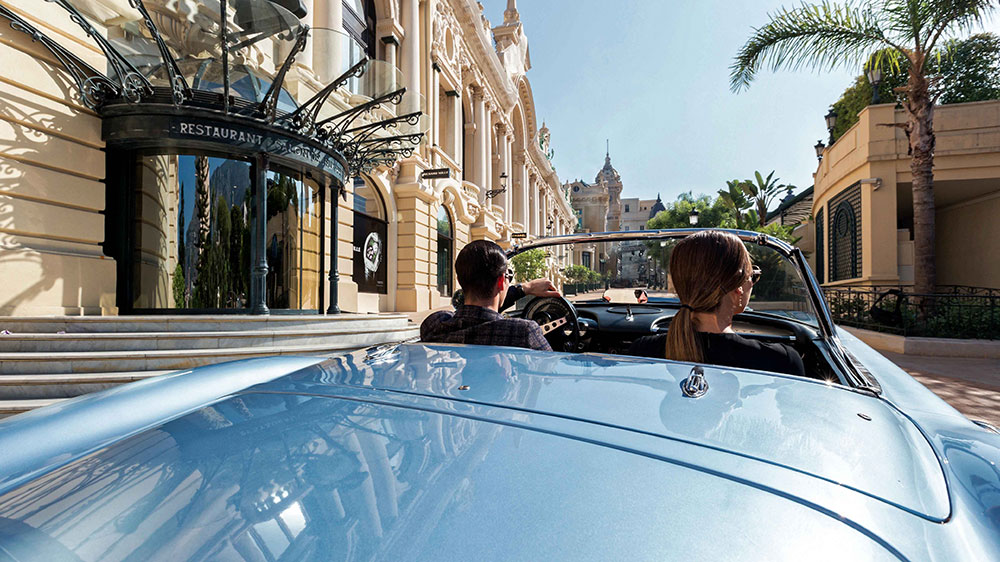 cruising Monte-Carlo through Casino Square