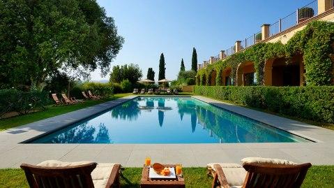 The pool at Castello de Nero