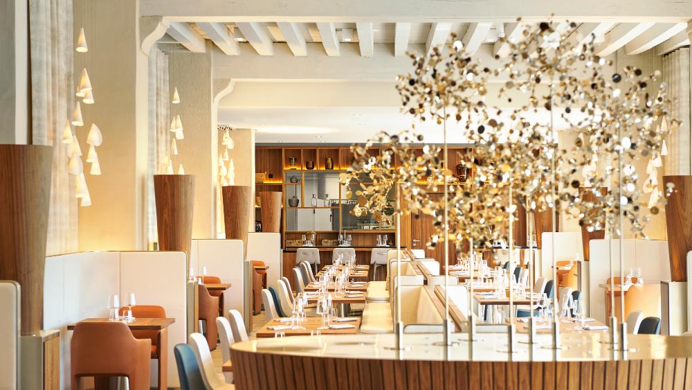 Mathieu Charrois' Épona restaurant within the InterContinental Lyon—Hôtel-Dieu