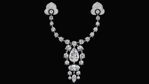 A Belle Époque Devant-de-corsage, a Cartier necklace, sold for $10.6 million at Christie's auction of Indian jewels.