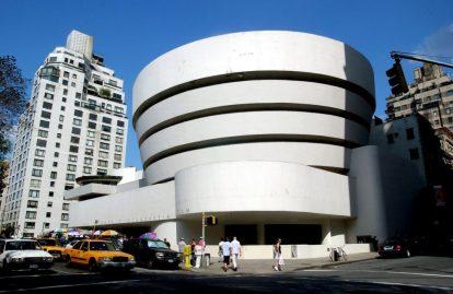 Frank Lloyd Wright's Guggenheim MuseumMANHATTAN, NEW YORK, AMERICA - 2003