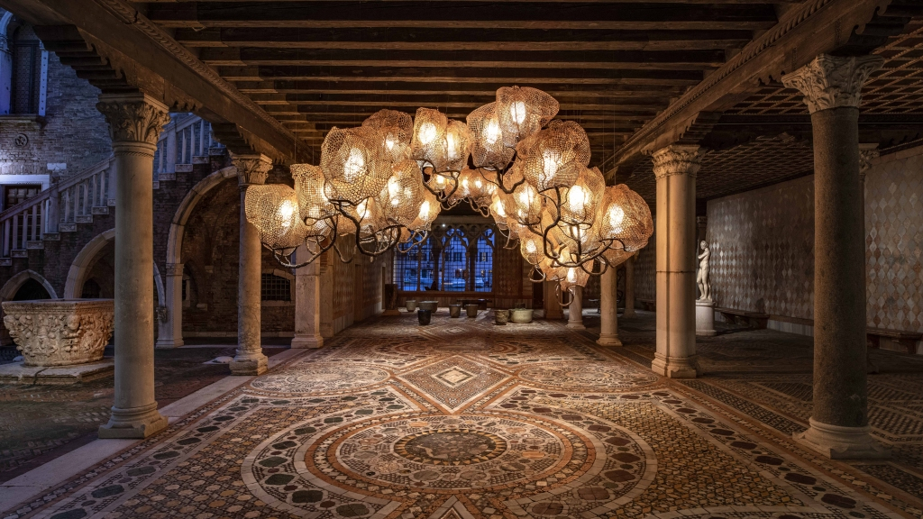 Nacho Carbonell's Inside a Forest Cloud chandelier