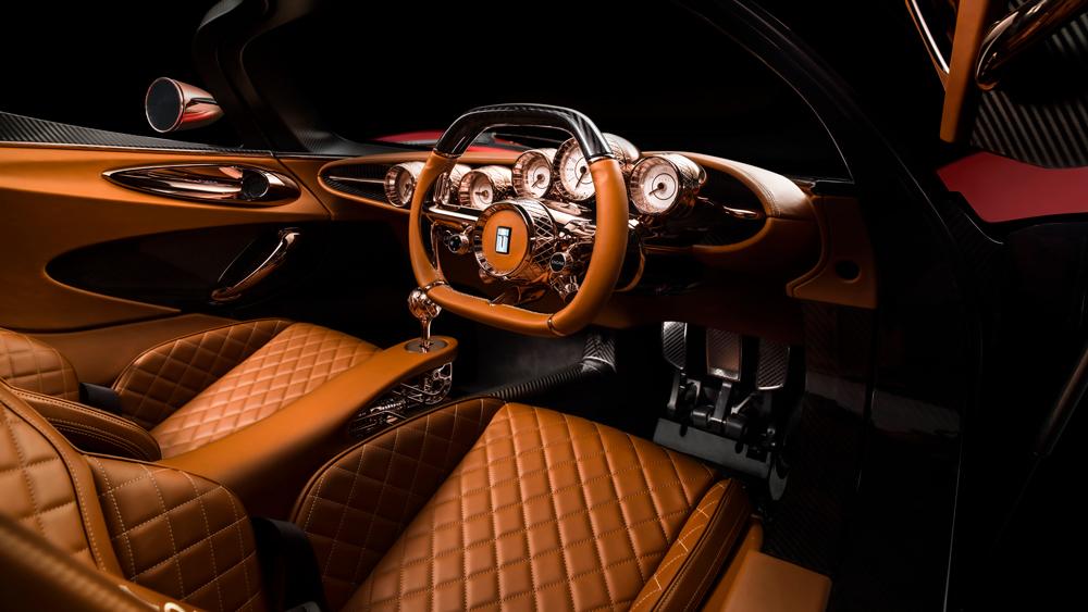 Inside the De Tomaso P72.