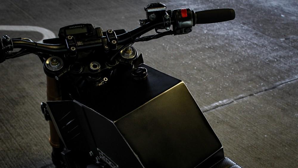 The Droog Moto DM0-015